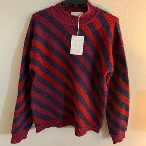 Womens Sweater NWT